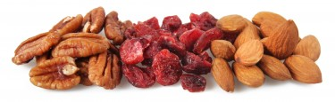born in the usa - pecan nuts, cranberries and almonds