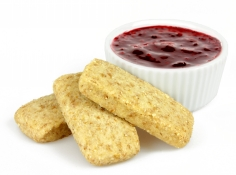 summer berry compote - wholemeal shortbread dipper and berry compote