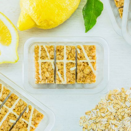 image of lemon drizzle flapjack
