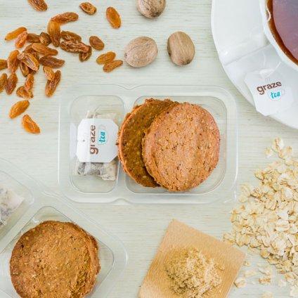 image of oatmeal cinnamon cookies and tea