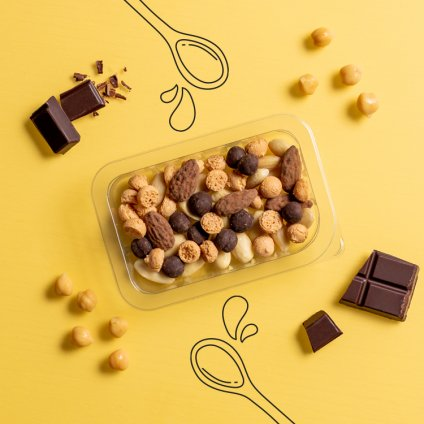image of amaretti and almond chocolate curiosities