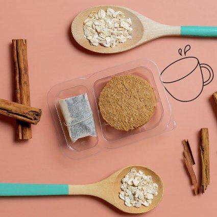 oat & cinnamon cookies and tea